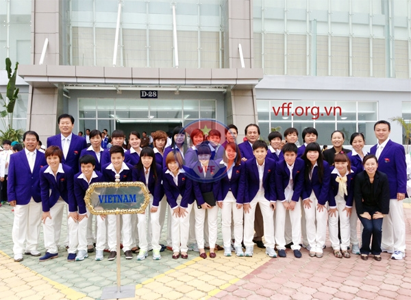 Đội tuyển nữ Việt Nam làm lễ thượng cờ SEA Games 27