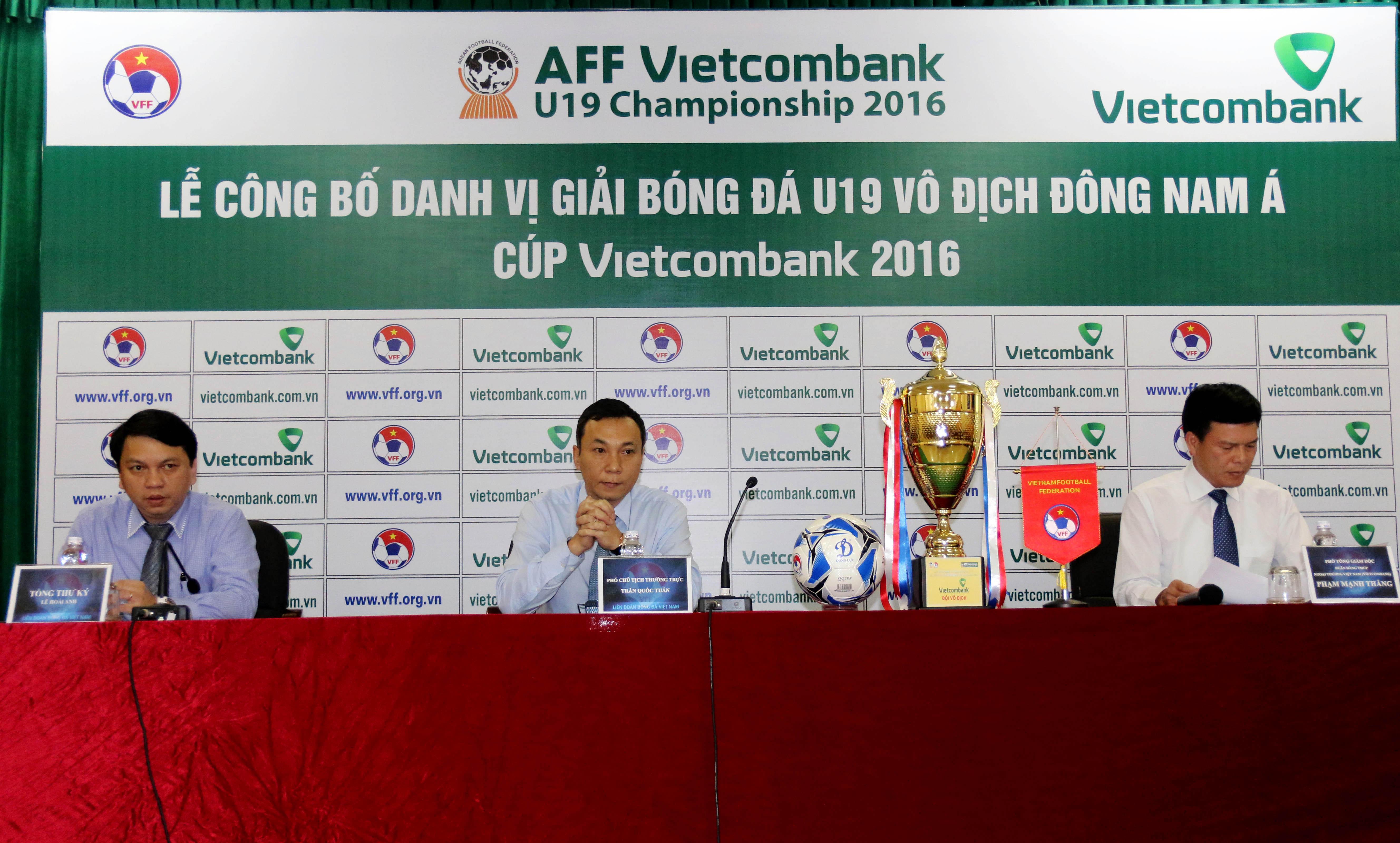 Lê công bố danh vị giải bóng đá U19 vô địch Đông Nam Á - CÚP VIETCOMBANK 2016
