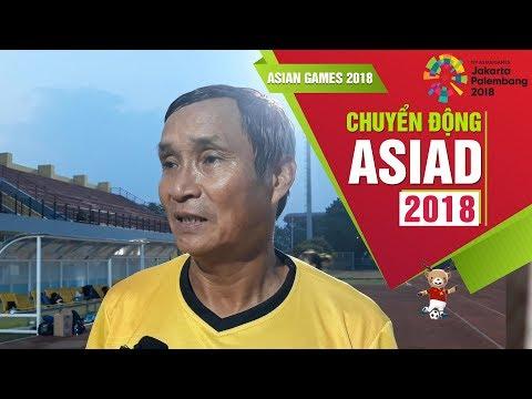 HLV Mai Đức Chung kêu gọi các cầu thủ tập trung trước trận tứ kết với Đài Loan