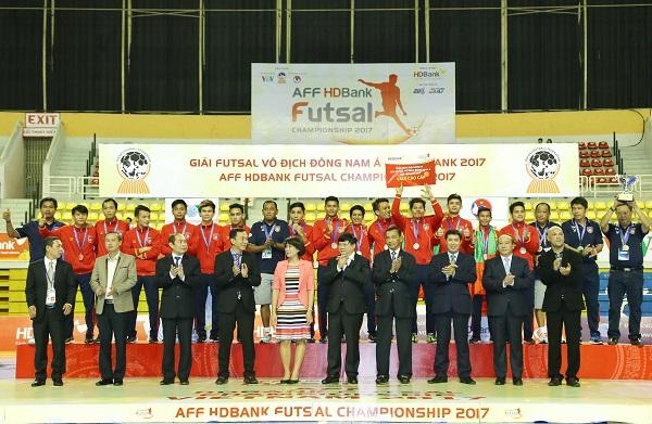 Myanmar đoạt giải Ba và Giải phong cách - Photo: Bạch Dương