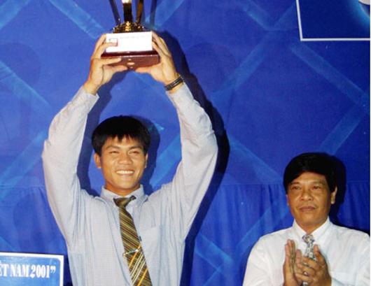 """Tiến đến giải thưởng Quả bóng vàng Việt Nam 2014: Những """"người gác đền"""" từng được tôn vinh"""