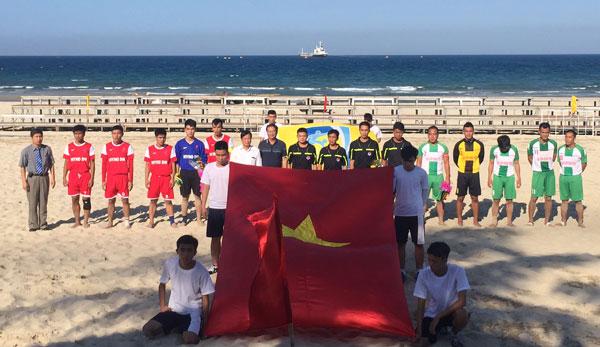 Khai mạc giải bóng đá bãi biển Quốc gia 2015
