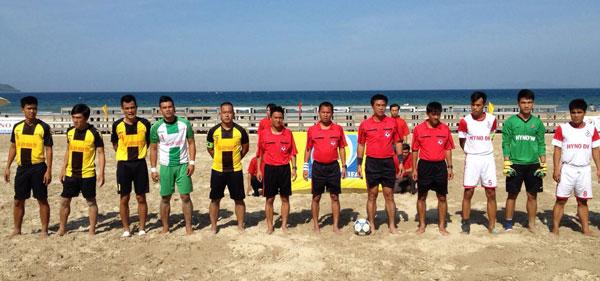 Lượt về giải bóng đá bãi biển Quốc gia 2015 (3/7): Thuận An Thừa Thiên Huế vượt lên chiếm ngôi đầu
