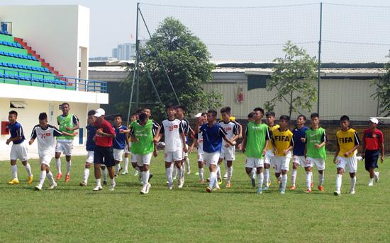 Danh sách ĐT U16 QG tập trung chuẩn bị tham dự giải U16 Đông Nam Á 2015