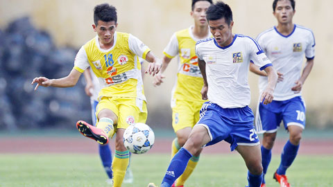 Vòng 7 giải HNQG Kienlongbank 2015: CLB bóng đá Huế vô địch lượt đi