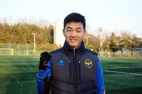 Xuân Trường được đánh giá cao ngày khai mạc K.League