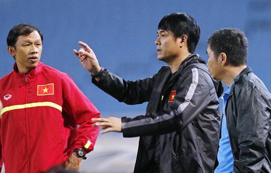 HLV trưởng Nguyễn Hữu Thắng chốt danh sách 23 cầu thủ cho trận gặp Chinese Taipei