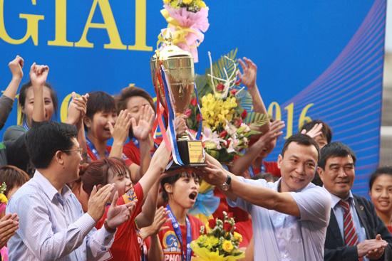 Phong Phú Hà Nam vô địch giải bóng đá nữ Vô địch U19 Quốc gia 2016
