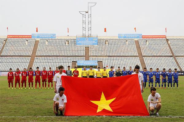 Chùm ảnh lễ khai mạc và lượt trận đầu tiên giải bóng đá nữ VĐQG - Cúp Thái Sơn Bắc 2016
