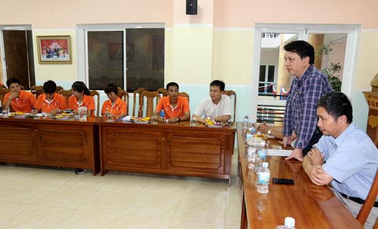 Lãnh đạo LĐBĐVN gặp mặt đội tuyển U14 nữ Quốc gia