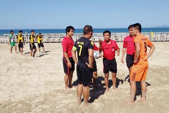 Phương thức thi đấu và cách tính điểm xếp hạng Giải bóng đá bãi biển VĐQG 2016