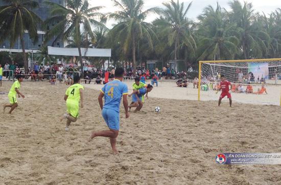 Vòng 2 giải bóng đá bãi biển VĐQG 2016: Đà Nẵng vững ngôi đầu