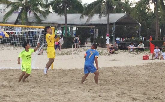 Kết quả vòng 5 giải bóng đá bãi biển VĐQG 2016: Lợi thế cho Sanest Tourist Khánh Hòa