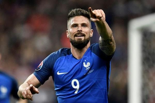 Đội hình xuất sắc nhất Tứ kết EURO 2016: Giroud sánh vai với Griezmann, Payet