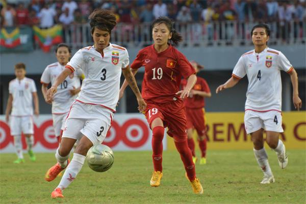 Thắng kịch tính Myanmar, Việt Nam ghi danh vào chung kết AFF nữ 2016