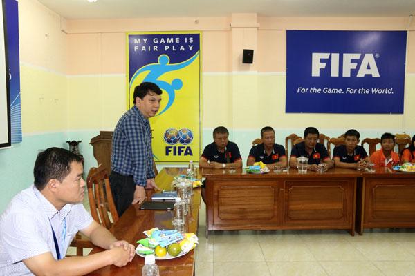 Lãnh đạo LĐBĐVN gặp mặt đội tuyển U16 nữ Việt Nam