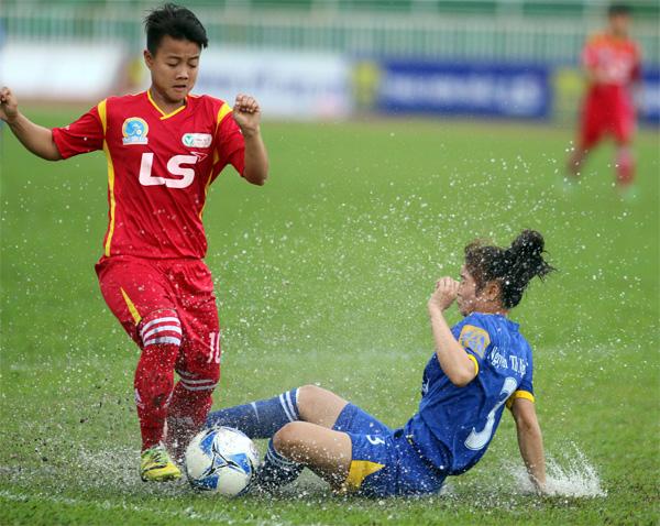 Đồng hành cùng giải BĐ nữ VĐQG - Cúp Thái Sơn Bắc 2016 (Lượt về - Đợt II): Xin ông trời đừng mưa