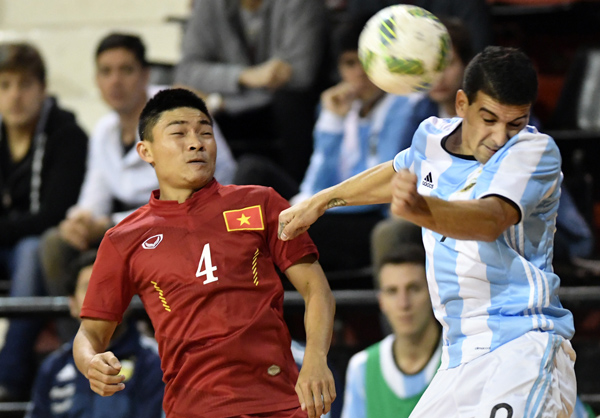 Giao hữu tại Argentina, ĐT Futsal Việt Nam - ĐT Futsal Argentina 1-3