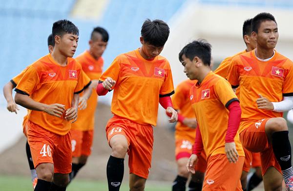 Trận tái đấu giữa U19 Việt Nam và Guangzhou Evergrande B dang dở vì mưa lớn