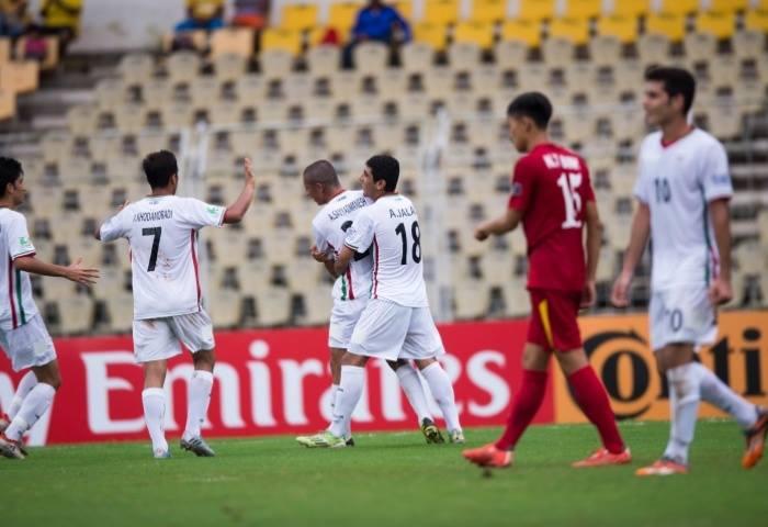 VCK U16 châu Á 2016: Thua Iran 0-5, U16 Việt Nam dừng chân tại Tứ kết