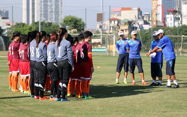 ĐT U19 nữ Quốc gia tập trung chuẩn bị tham dự Vòng loại U19 châu Á 2017
