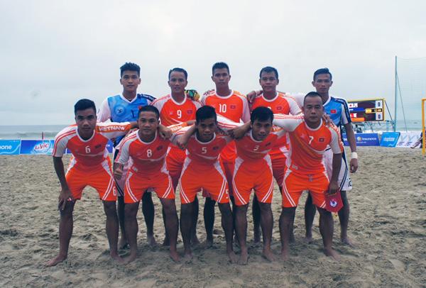 Bóng đá bãi biển ABG 5: Xếp nhì bảng A, Việt Nam gặp Li-băng tại tứ kết
