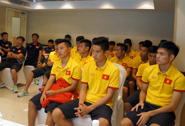 Đại diện AFC và LĐBĐ Bahrain xin lỗi U19 Việt Nam vì những sự cố trước trận tứ kết
