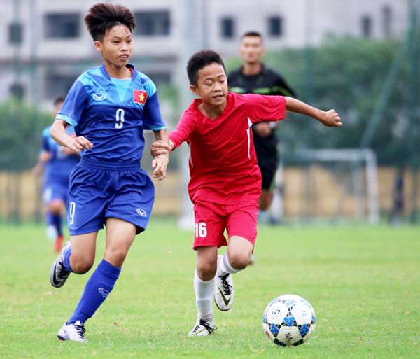 Hướng tới U15 nữ AFF 2017: ĐT U15 nữ QG tiếp tục đấu tập với U13 nam Hà Nội