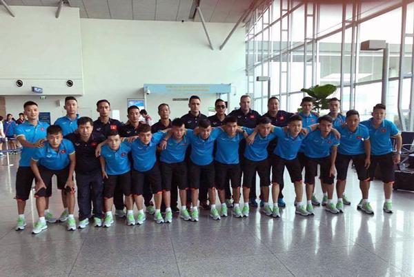 ĐT U20 futsal Việt Nam đã có mặt tại Thái Lan, hứng khởi bước vào thử thách