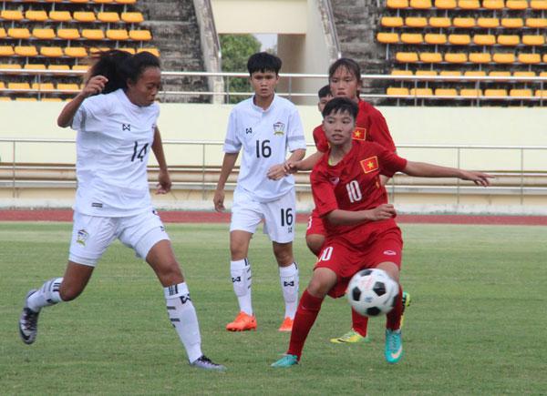 Giải bóng đá U15 nữ ĐNA 2017 (8/5): Tuyển Việt Nam thất thủ trận mở màn gặp Thái Lan