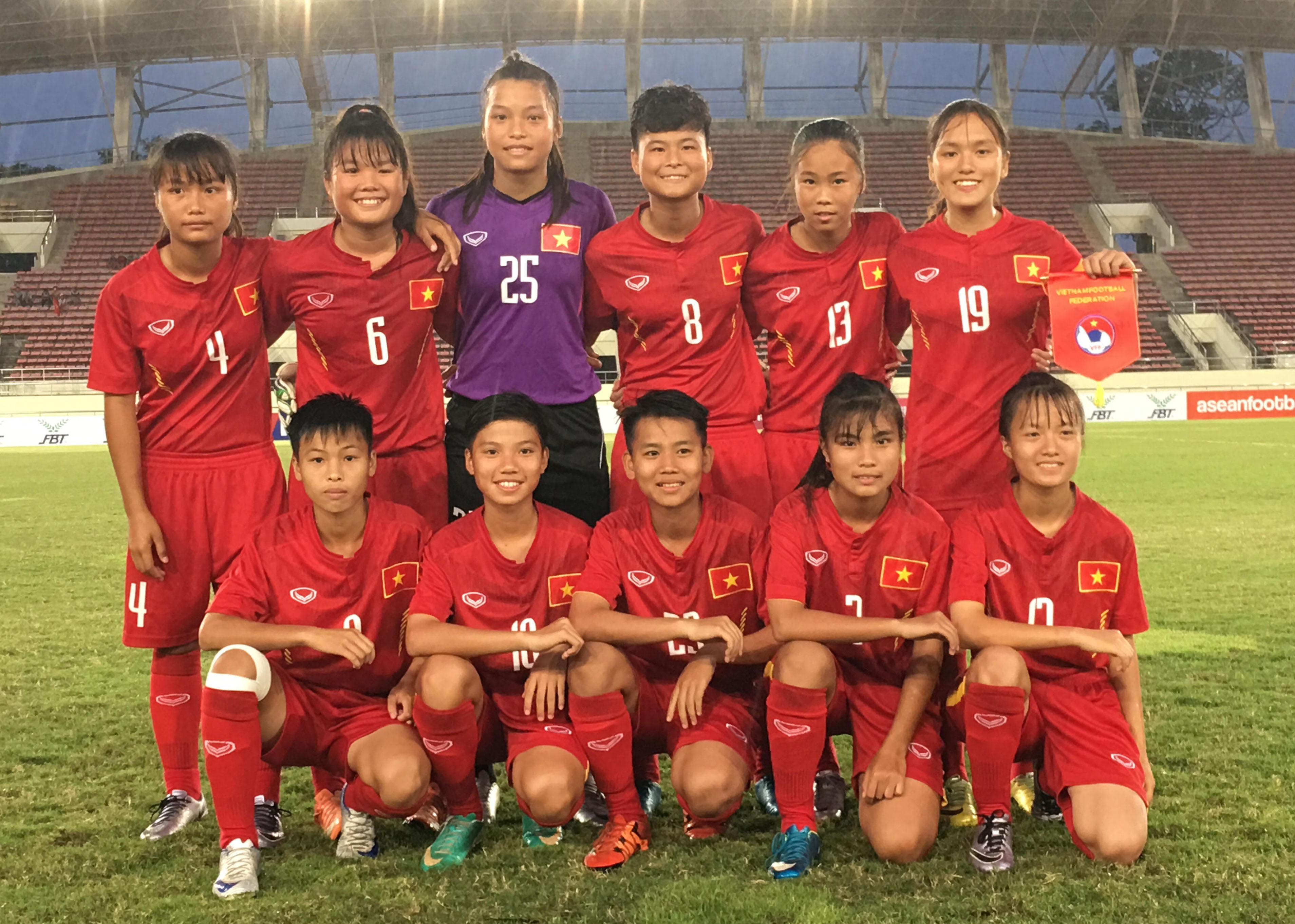 U15 nữ ĐNA 2017: Việt Nam chia tay giải bằng chiến thắng 2-0 trước chủ nhà Lào