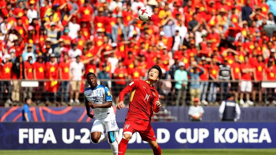 Tương lai rộng mở cho bóng đá trẻ Việt Nam