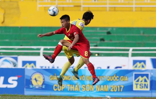 VCK giải vô địch U17 QG- Cúp Thái Sơn Nam 2017: CAND thẳng tiến, TP.HCM đứt mạch thắng
