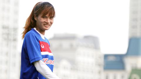 Tuyển thủ nữ Việt Nam Đinh Thị Duyên: Giấc mơ đổi đời của bóng đá Sơn La