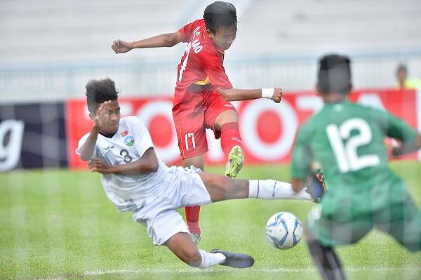 Nhất bảng B với 5 trận toàn thắng, U15 Việt Nam gặp U15 Australia tại bán kết