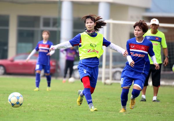 Đội tuyển nữ Quốc gia hoàn thiện kỹ chiến thuật trước chuyến tập huấn Nhật Bản