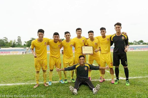Giải Bóng đá hạng Nhì Quốc gia 2017: Hà Nội giành quyền tham dự giải hạng Nhất Quốc gia 2018