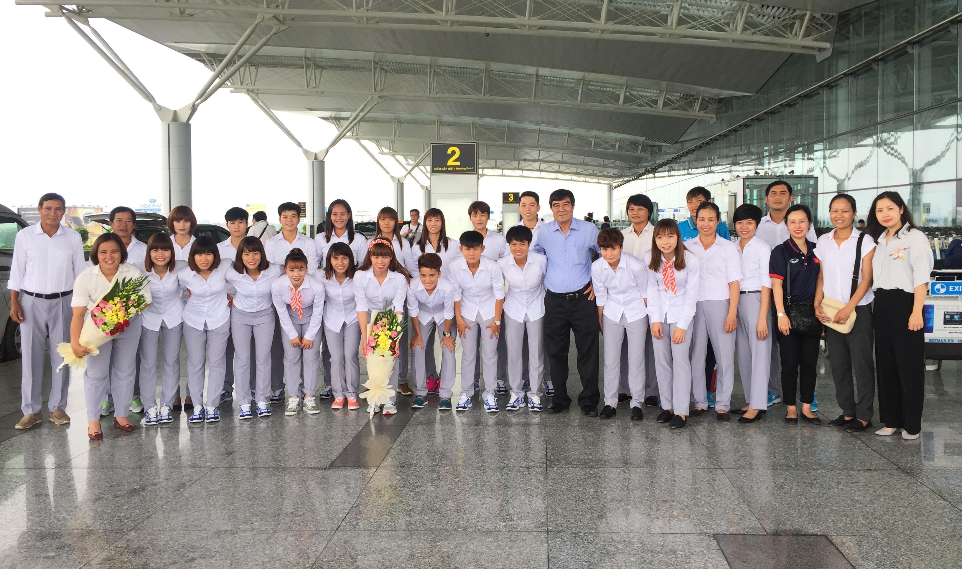 Đội tuyển bóng đá nữ Việt Nam lên đường tham dự SEA Games 29