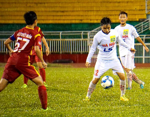 Lượt trận thứ 4 giải BĐ nữ Vô địch U19 Quốc gia 2017: Hà Nội có chiến thắng đầu tiên