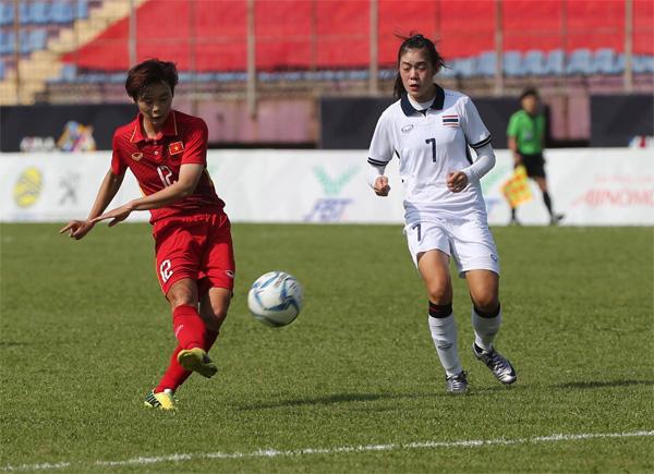 Bóng đá nữ SEA Games 29: Việt Nam hoà Thái Lan 1-1: Cuộc đua chưa ngã ngũ