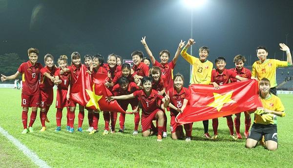 Vô địch SEA Games 29, ĐT nữ Việt Nam nhận mưa tiền thưởng