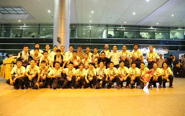 Hai đội tuyển Futsal nam, nữ Việt Nam về nước, kết thúc tốt đẹp chuyến thi đấu tại SEA Games 29