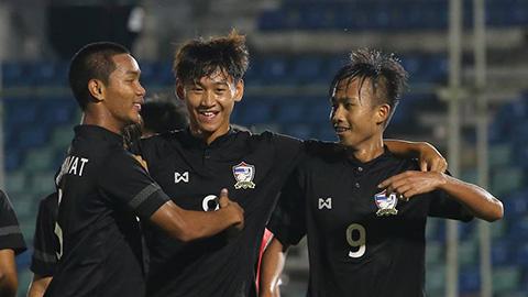 Thái Lan, Malaysia dắt tay nhau vào bán kết U18 Đông Nam Á
