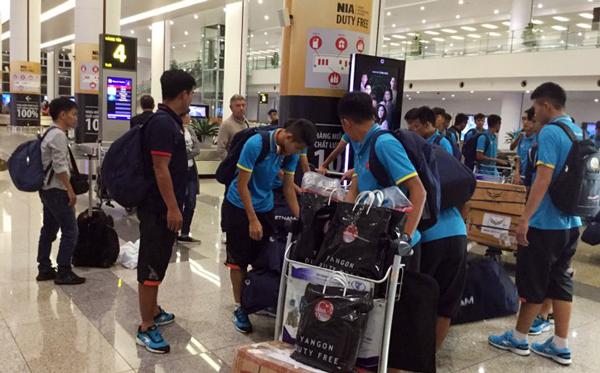 ĐT U18 Việt Nam trở về Hà Nội, hướng tới Vòng loại U19 châu Á 2018