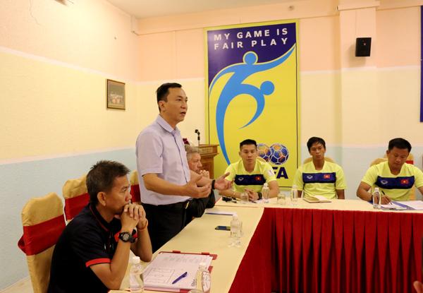 Lãnh đạo VFF gặp gỡ và giao nhiệm vụ cho ĐT U19 Việt Nam