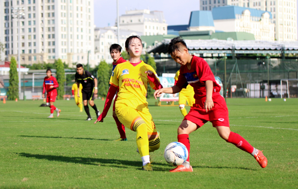ĐT U19 nữ Quốc gia đấu tập với CLB nữ Phong Phú Hà Nam: Ổn định bộ khung