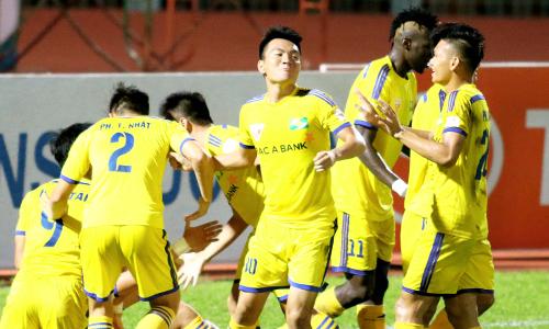 B.Bình Dương gặp SLNA ở chung kết Cúp QG Sứ Thiên Thanh 2017