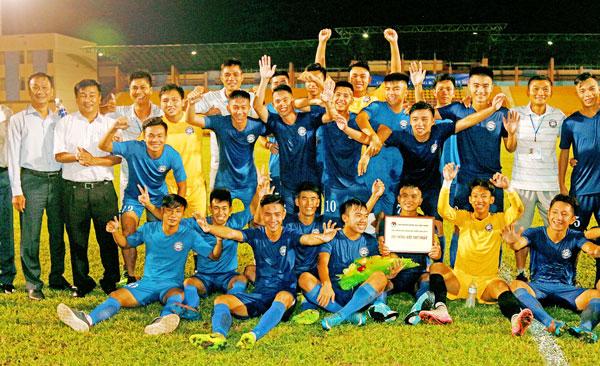 Xác định được 4 đội tham dự giải Bóng đá hạng Nhì Quốc gia mùa bóng 2018