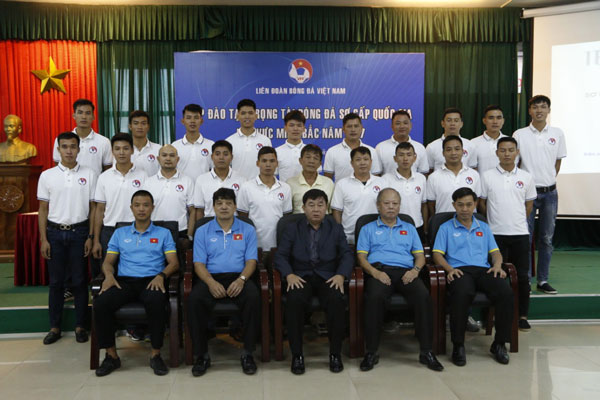 Khóa đào tạo trọng tài bóng đá sơ cấp Quốc gia khu vực miền Bắc năm 2017