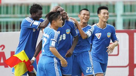 Vòng 22 Toyota V-League 2017: Quảng Nam chiếm ngôi đầu bảng